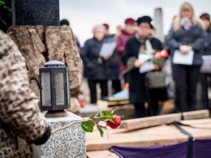 Entierros entierros-300x225